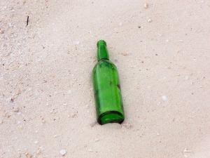 bottle-408987_640